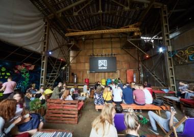 6 мест в Минске, где бесплатно показывают кино