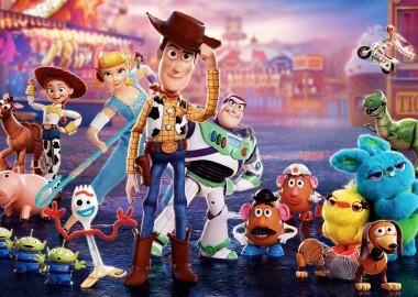 История игрушек и поющая Эль Фаннинг: что смотреть в кино