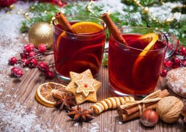 Лучшие рецепты теплого вина, чтобы согреться и внутри, и снаружи